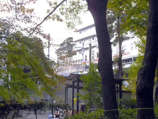 11-28五島美術館電車01.jpg