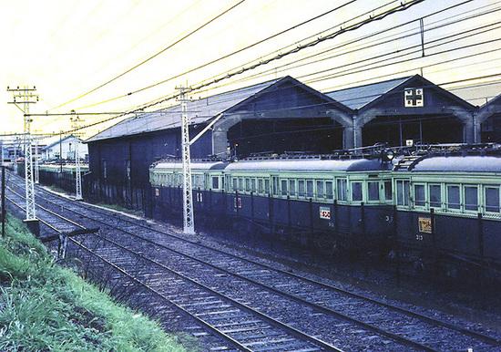 京阪錦織車庫06.jpg