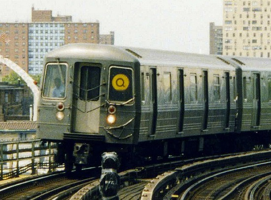 NY QtrainR.jpg