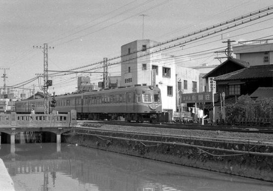 s45西鉄薬院02.jpg