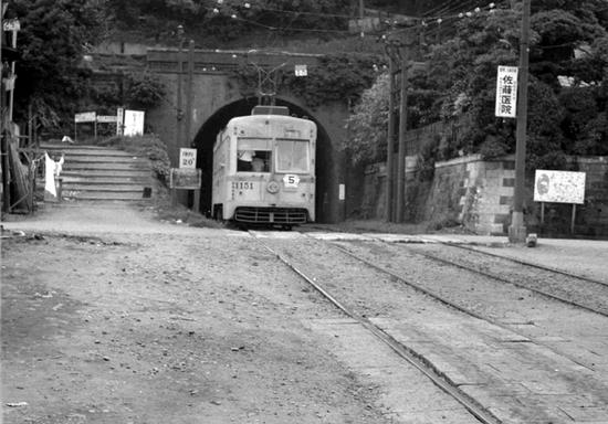 横浜市電1964-05.jpg