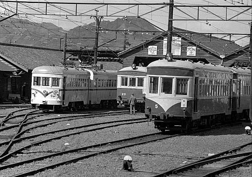 鶴見臨港鉄道の電車 - JapaneseC...